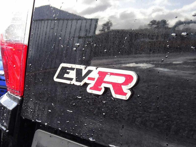 EV-R Nissan Navara